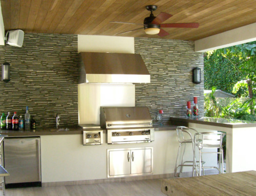 Modern Outdoor Kitchen 1